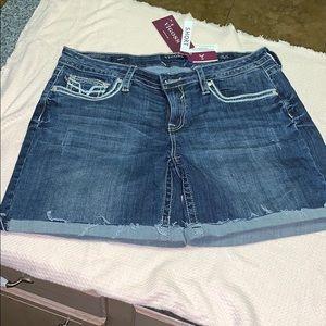 NWT Vigoss Shorts